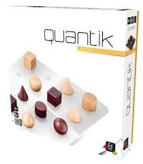 01 Quantik